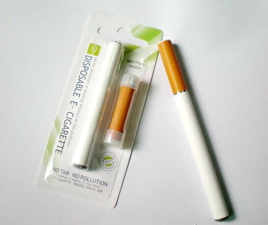 как курить одноразовые электронные сигареты